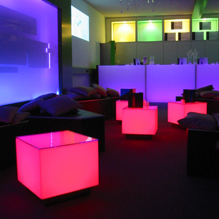 Room Division LED Lounge Tisch