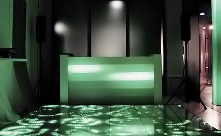 Room Division Showroom zum DESIGNMAI 2007 zeigt RD DJLightDesk