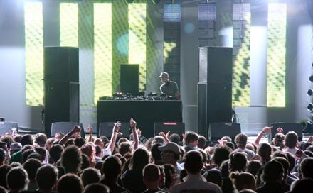 Room Division zum MELT! Festival 2007 Gemini Stage Dreampanel Backdrop