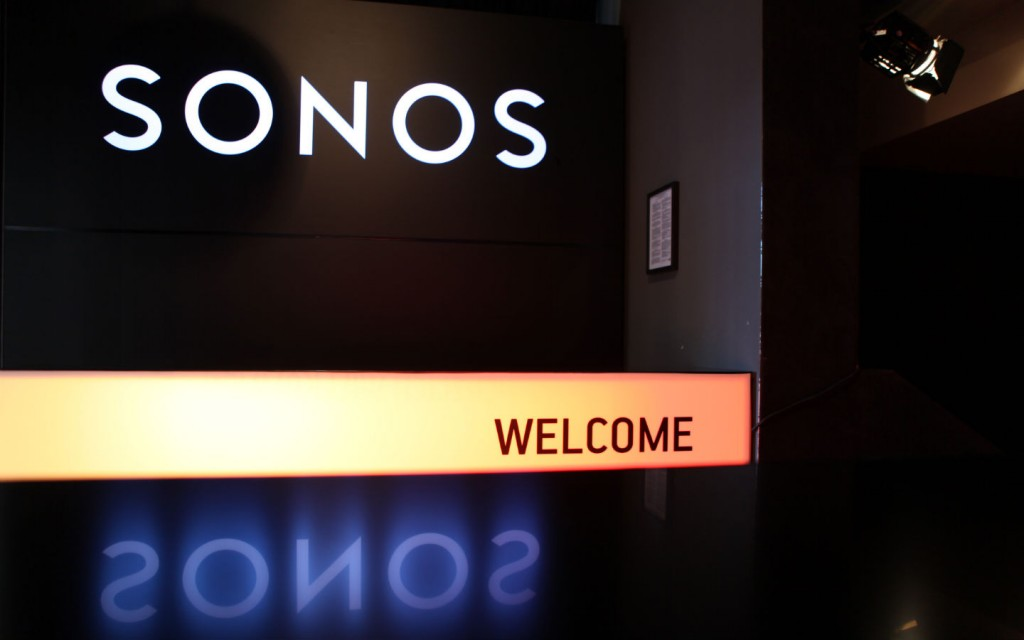 SONOS AFTER SHOW WELCOME DESK 01